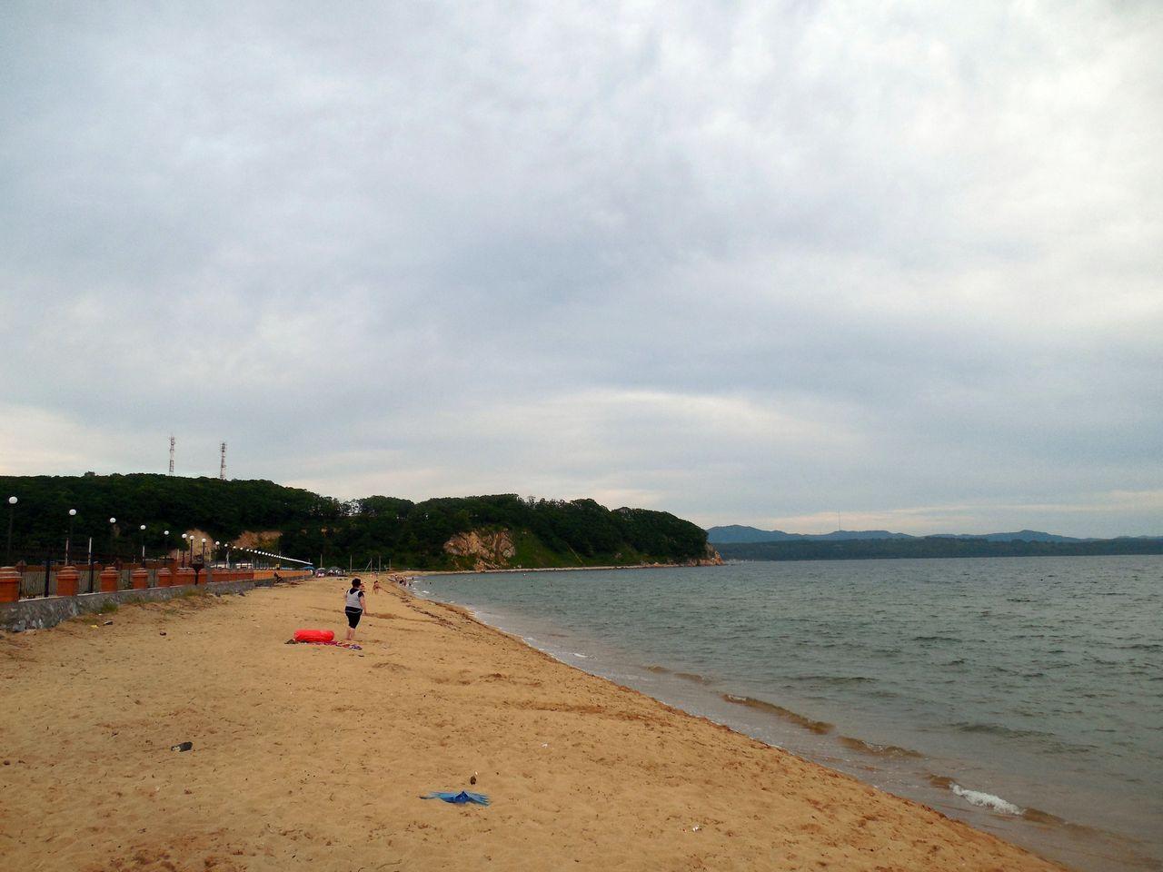 Начало пляжа в Волчанце