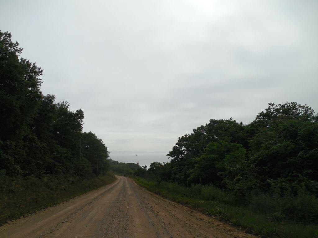 Грунтовая дорога к бухте Анна