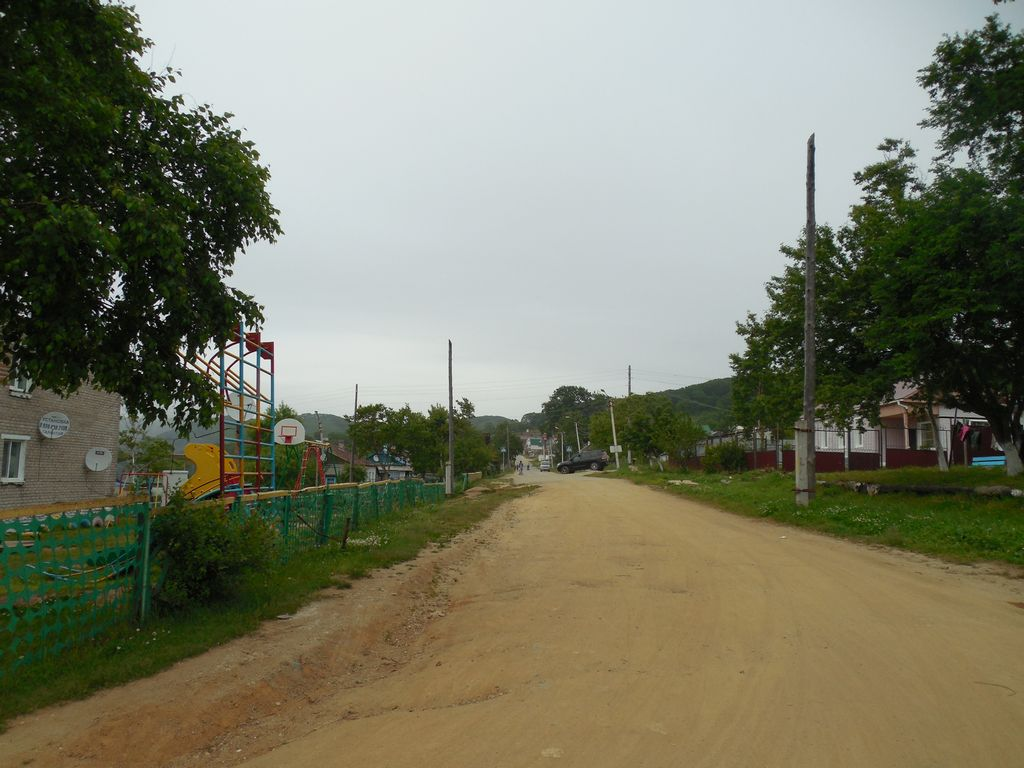 Главная улица в селе Анна