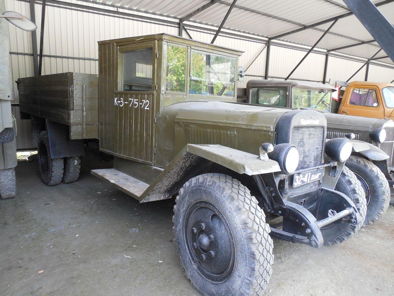Ретро грузовик